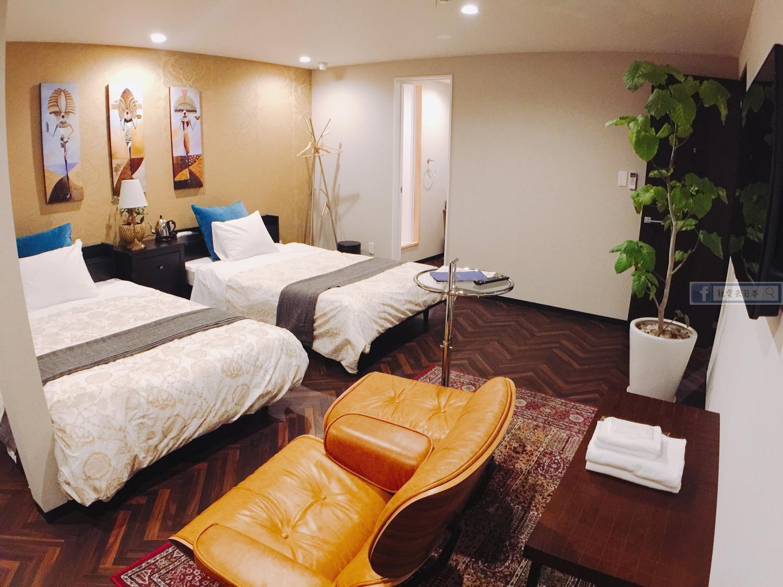 島根 住宿-出雲車站徒步2分.時髦便宜旅館:THE STRUCTURE HOSTEL & CAFEBAR @右上的世界食旅