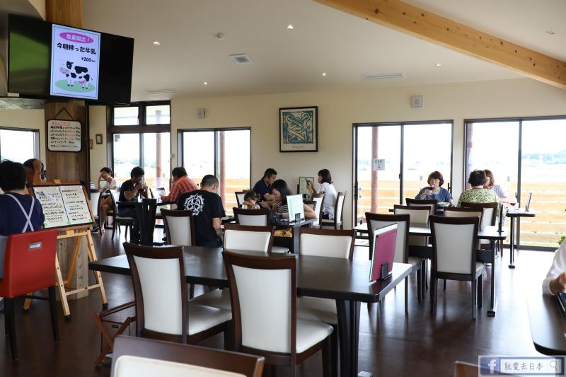新潟海景美食半日遊:角田濱燈塔、排隊名店義式冰淇淋、牛肉漢堡排 @右上的世界食旅
