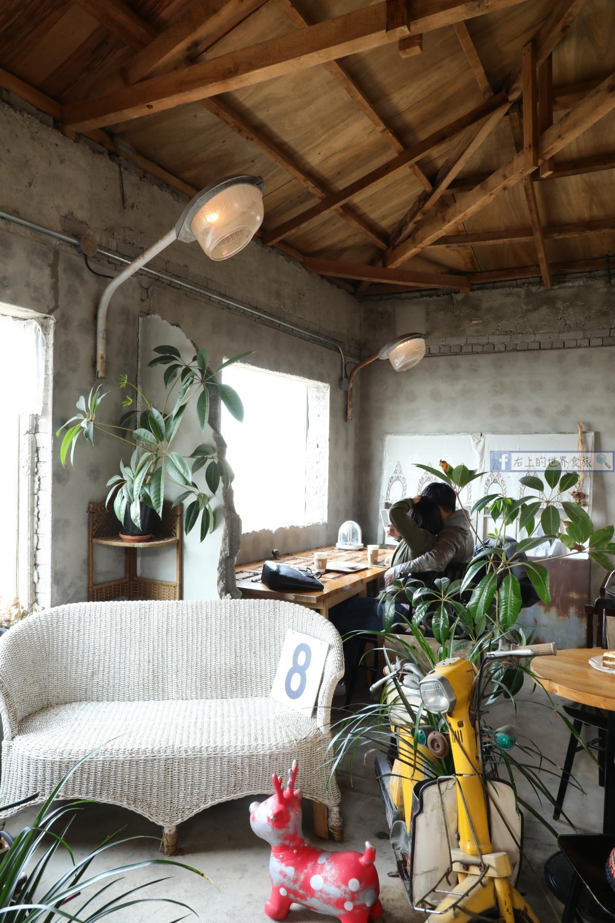 濟州島旅遊-必去的兩間文青海景、老屋咖啡廳:咖啡漢拿山、玉樹咖啡廳 @愛旅行 - 右上的世界食旅