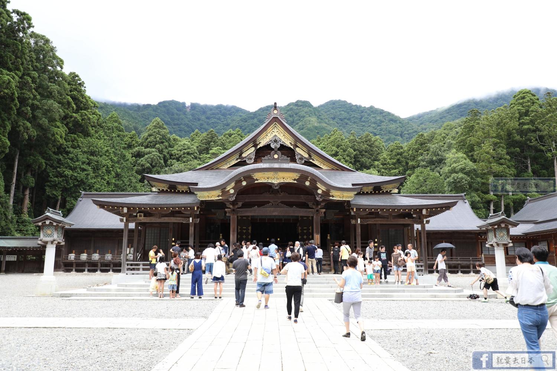 新潟旅遊-彌彥神社:創立超過2400年.新潟最大的神社