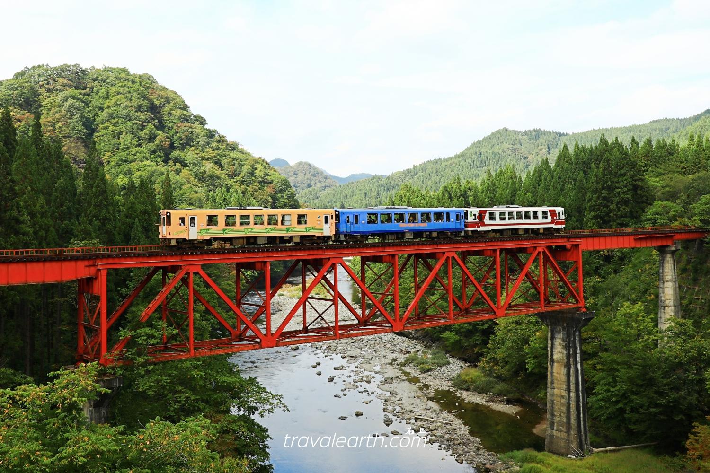 秋田旅遊|鐵道攝影.秋田內陸線八景:大又川橋梁、森吉山眺望、比立內橋樑